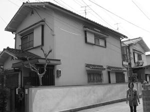 宝塚の川沿いに建つ家-2